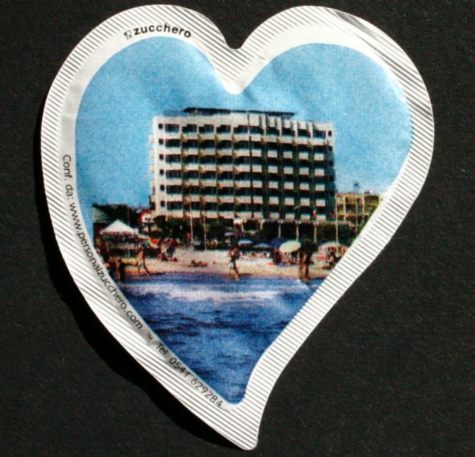 bustina personalizzata a cuore bianco 1