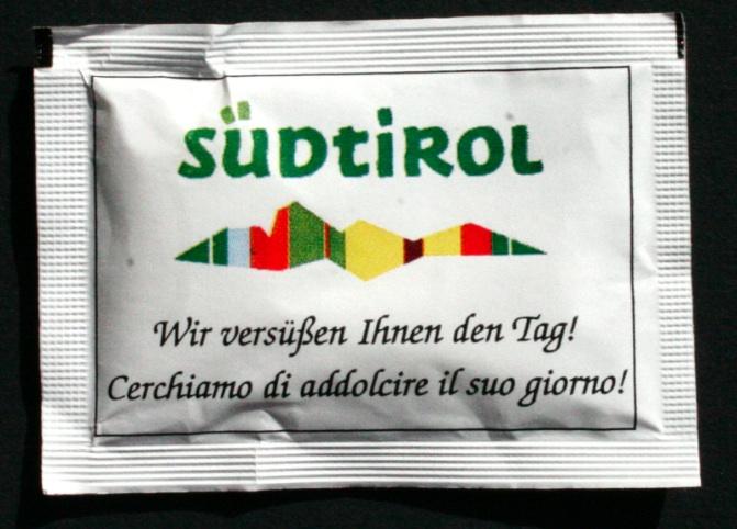bustina di zucchero con marchio 1