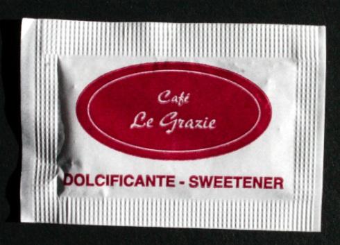 i dettagli migliorano l'eleganza in un caffe anche con il dolcificante personalizzato 1