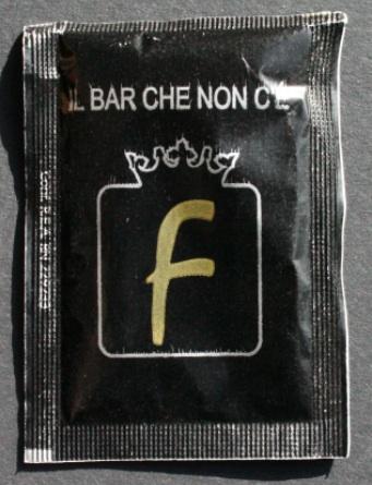 zucchero in bustina nera 1