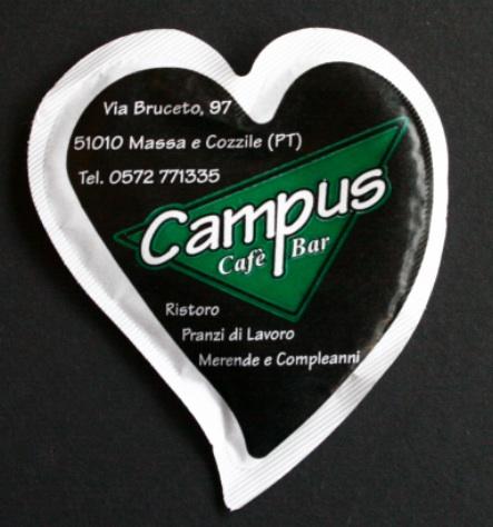 zucchero in bustine a forma di cuore 1