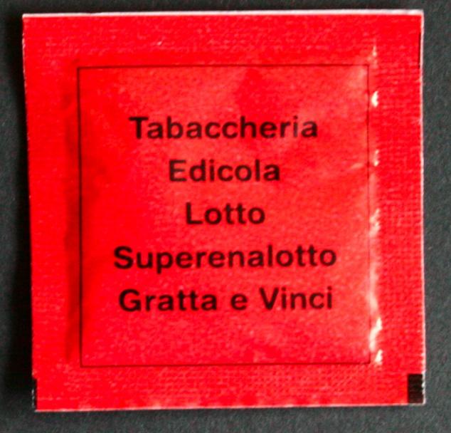 zucchero in bustine quadrate 2